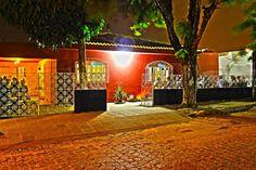O Mahalila Café & Livros recebe o Apartamento 702 Acústico no domingo, dia 31 de agosto, a partir das 18h.