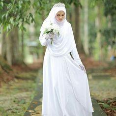 Syari Bride by ? Malay Wedding Dress, Muslim Wedding Gown, Muslimah Wedding Dress, Muslim Wedding Dresses, Dream Wedding Dresses, Wedding Gowns, Bridesmaid Dresses, Wedding Hijab Styles, Bridal Hijab