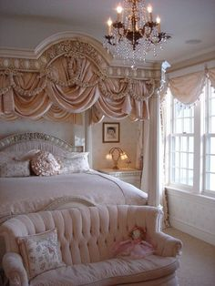7 Handsome Cool Tricks: Shabby Chic Home Furnishings shabby chic sofa cabbage roses.Shabby Chic Interior Little Girl Rooms shabby chic deko herbst. Dream Rooms, Dream Bedroom, Home Bedroom, Bedroom Ideas, Bedroom Designs, Peach Bedroom, Royal Bedroom, Bedroom Inspiration, Rich Girl Bedroom