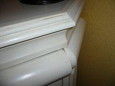 Pintar los muebles antiguos en tonos blancos ayuda a ganar en amplitud y luminosidad. Anota aquí todos los pasos.