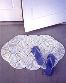 Make this swirly mat.  Ocean braid and a nautical weave. Tutorial