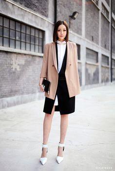 styletrove:    STYLED: Minimalist elegance.