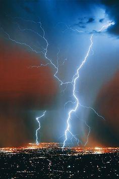 Electrical storm Arizona. Awesome photo EL./