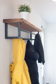 Industrial coats Steel and wood-Industrial wood and steel coat rack-Steampunk Furniture-Vintage-Retro-Living-Stained-Weld - Trend Industrial Furniture 2019 Industrial Design Furniture, Eclectic Furniture, Reclaimed Furniture, Steel Furniture, Custom Furniture, Vintage Furniture, Cool Furniture, Industrial Lamps, Pipe Furniture