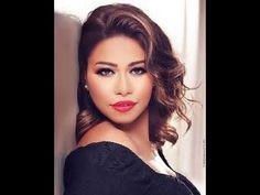 سوداني يقلد المطربة المصرية شيرين عبد الوهاب بطريقة تدهش الحاضرين
