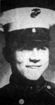 Virtual Vietnam Veterans Wall of Faces | RICHARD D LEAR | MARINE CORPS