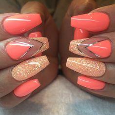 """Bahama mama"" & peachy for my sweet @__evve__ #naglar #nagelkär #nagelbesatt #nagelteknolog #naglarstockholm #nagelförlängning #uvgele #gele #gelenaglar #gelnails #nails #nailart #nailswag #nailfreak #lillynails #nailfashion #nailpassion #nailobession #nailextensions #dope #dopenails #blingnails #pronails #passion #love #kimmienails"