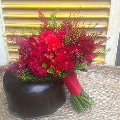 Ramo de novia en tonos rojos