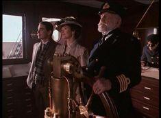 Титаник, 1996 Titanic   © @American Zoetrope    На год опередивший знаменитую картину Кэмерона фильм намного глубже раскрывает человеческие драмы, которые разворачиваются на борту самого роскошного лайнера — Титаника. А прекрасная Кэтрин Зэта-Джонс никого не оставит равнодушным.