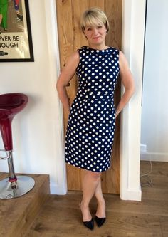 What to wear for a school reunion and a makeover! Teacher Wardrobe, Feminized Boys, School Reunion, Older Women Fashion, Wedding Dresses Plus Size, Chic Dress, Hair Today, White Women, Old Women