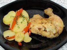 Pui întreg la slow cooker Crockpot, Slow Cooker, Chicken, Breakfast, Food, Morning Coffee, Essen, Meals, Crock Pot