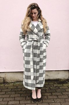 Rumana Coat Sewalong - Inserting the lining and the finish line! (By Hand London) By Hand London, Finish Line, Sewing Patterns, Wrap Dress, How To Make, How To Wear, It Is Finished, Coat, Counting