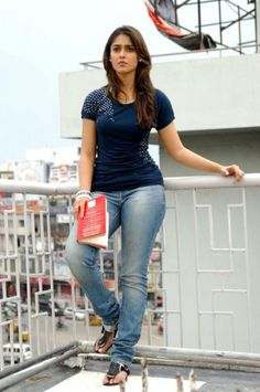Ileana Curvy pictures in jeans and T Shirts – Hot and Sexy Actress Pictures Bollywood Actress Hot Photos, Indian Bollywood Actress, Bollywood Girls, South Indian Actress Hot, Indian Actress Hot Pics, Beautiful Girl Indian, Most Beautiful Indian Actress, Sexy Jeans, Hot Actresses