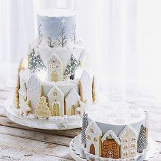 Christmas Cake Decorations, Christmas Sweets, Holiday Cakes, Christmas Cooking, Christmas Gingerbread, Noel Christmas, Christmas Cakes, Gingerbread Houses, Gingerbread Cookies