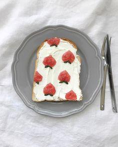 l'ortodimichelle: Pattern orticoli dolci su fette di pane