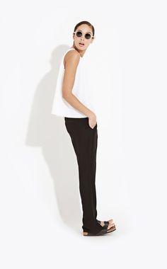 Minimal + Classic // Black + white + birkenstocks