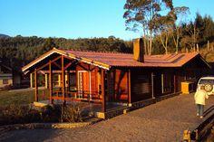 Casa De Campo Temporada em Monte Verde: Casa térrea com visual deslumbrante do chapéu do bispo, pedra redonda e platô