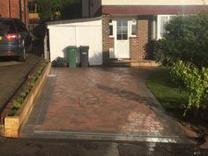 Block paved driveway  Redhill surrey  SBS Landscapes/Builders  Reigate Surrey SBS