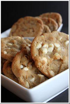 macadamia nut cookies, great for cookie exchange!