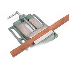 Clamps Work Bench Clamp Vice for Woodwork Cast Iron Carpenter Grip Tool Woodworking Essentials, Woodworking Power Tools, Woodworking Basics, Woodworking Joints, Woodworking Magazine, Woodworking Workbench, Fine Woodworking, Awesome Woodworking Ideas, Woodworking Projects For Kids