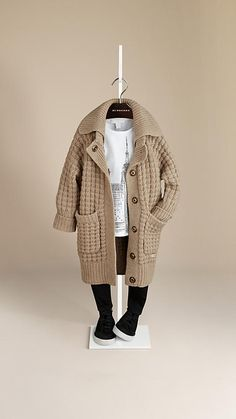Shop childrenswear from Burberry, a playful collection for boys and girls years, baby featuring check parkas, dresses, trousers and shoes Baby Outfits, Little Boy Outfits, Cute Outfits For Kids, Boys Winter Clothes, Cool Kids Clothes, Cute Baby Clothes, Kids Fashion Boy, Toddler Fashion, Girl Fashion