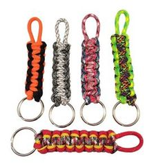 Learn How to make a Paracord Keychain, supplies you will need; about 3 feet of Paracord, Key ring, scissors and lighter. It will take about 10 minutes to make onc. Paracord Keychain, Diy Keychain, Paracord Bracelets, Paracord Ideas, Keychain Ideas, Keychains, Survival Bracelets, Lanyard Knot, Hemp Bracelets