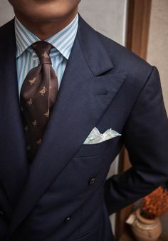 "bntailor: ""Navy blue double breasted suit by B&TAILOR, Stripe shirt by… Gentleman Mode, Gentleman Style, Sharp Dressed Man, Well Dressed Men, Mens Fashion Suits, Mens Suits, Men's Fashion, Fashion News, Terno Slim"