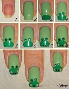 little green frogs nails art DIY