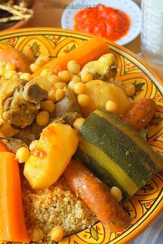 Royal Algerian Couscous (without couscous maker Meat Recipes, Cooking Recipes, Healthy Recipes, Royal Recipe, Vegetable Couscous, Algerian Recipes, International Recipes, Salads, Morocco