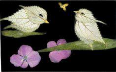 OSHİBANA / Sıkıştırılmış kuru Çiçek sanatı   Oshibana; Sıkıştırılmış kuru çiçek sanatına denir ve Japonya'da oldukça popülerdir. İlkin çiçekler kuru zemin üzerinde düzenlenir sonra üzeri mat olan bir cam kapatılarak içindeki hava kenarlarından dışarı alınır böylelikle çiçeklerin rengi neredeyse sonsuza kadar canlı kalır. çiçekleri doğrudan güneş ışığından korumak gerekiyor.