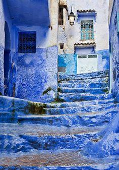 Chefchaouen, Morocco ~ Discover romantic getaways, alternative honeymoon ideas and the best honeymoon destinations on Mrs. Purple Rose's blog. Explore here www.mrspurplerose.com