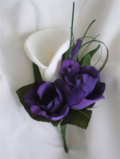 lily and lisianthus for boutonnieres?