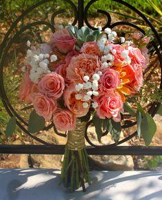 Coral bouquet, succulents