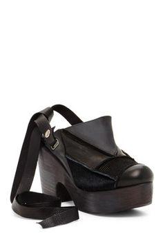 6f3f1108783c 19 Best  Shoes   Mules   Clogs  images