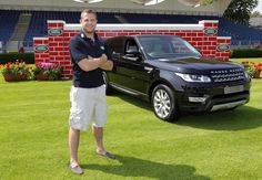 Jamie Heaslip drives the new #RangeRoverSport at the launch of the #LandRover Puissance