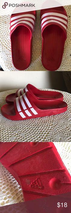 c7da452c0 Adidas men's sz 10 slide sandals euc Pair of men's size 10 adidas slide  sandals in