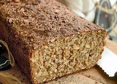 Recipe home baked rye bread by Lone Landmand - the best! Danish Food, Rye Bread, Fabulous Foods, Bread Baking, Bread Recipes, Banana Bread, Muffins, Deserts, Rolls