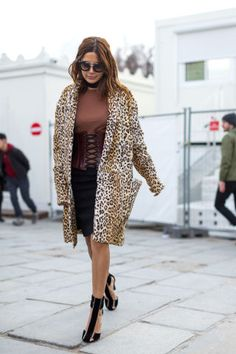 221 chic outfits spotted from the streets of Paris Fashion Week: