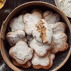 Miękkie i puszyste pierniczki bezglutenowe Gluten Free Gingerbread Cookies, Gluten Free Cookies, Gluten Free Recipes, Healthy Cooking, Cooking Recipes, Vegetarian Snacks, Healthy Cake, Sin Gluten, Dairy Free