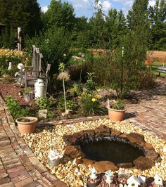 A small pond in backyard Small Backyard Ponds, Ponds For Small Gardens, Small Ponds, Small Space Gardening, Gardening Tips, Garden Pond, Garden Landscaping, Bowls, Garden Crafts For Kids