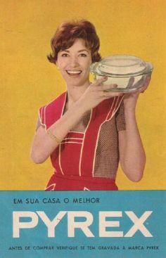 Vintage Portuguese Pyrex ad
