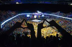 Diamonds up, high up in the @Jordan Center stands. #THON14
