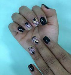 "60 Me gusta, 2 comentarios - FLEMISH🦩 (@flemish_mg) en Instagram: ""Esmaltado semipermanente💙"" Mg En Instagram, France, Nails, Beauty, Enamels, Short Nails, Nail Manicure, Hairdos, Drawings"
