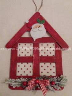 Casitas navideñas con palitos de helado Popsicle Stick Christmas Crafts, Christmas Decorations For Kids, Popsicle Crafts, Christmas Ornament Crafts, Craft Stick Crafts, Christmas Projects, Kids Christmas, Handmade Christmas, Holiday Crafts