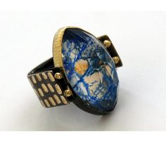Maria Frantzi: Ring in silver and 18ct gold with Mokume-gane set with a crystal and azurite doublet and brown diamonds