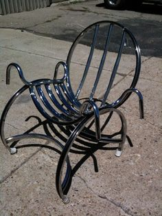 Del Cruiser like to recycle bicycle parts and other found items and make them into functional art that people can use !