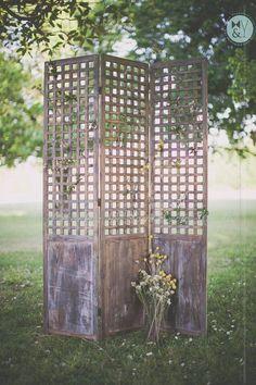 Natural wooden backdrop/screen