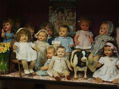 La vitrine des poupées Raynal , mes préférées