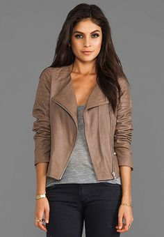 Taupe leather jacket, grey tee, black skinny jeans
