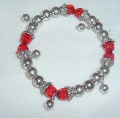 Estate Find - Red Metallic Beads Bracelet. Starting at $3 on Tophatter.com!